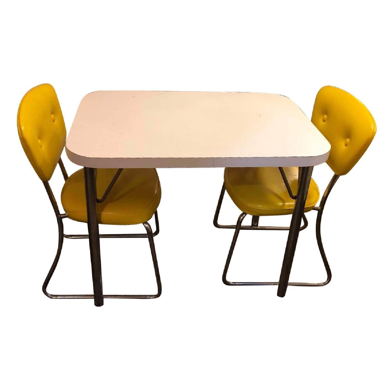 Vintage Mid Century 1950s Kitchen Table W 2 Chairs Aptdeco