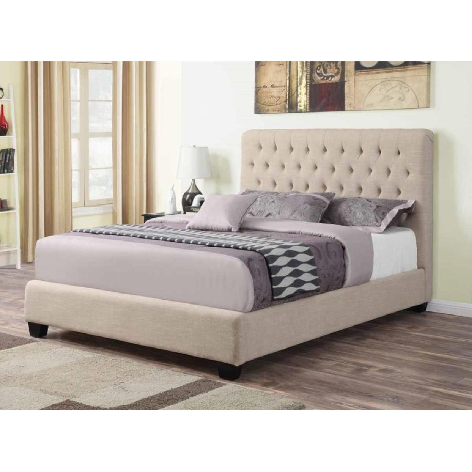 Modern Queen Fabric Upholstered Bed w/ Tufted Headboard in Oak Meal Fabric - image-1
