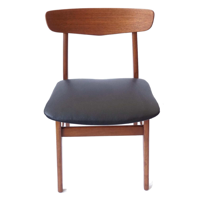 Farstrup V-Back Teak Chairs - image-2