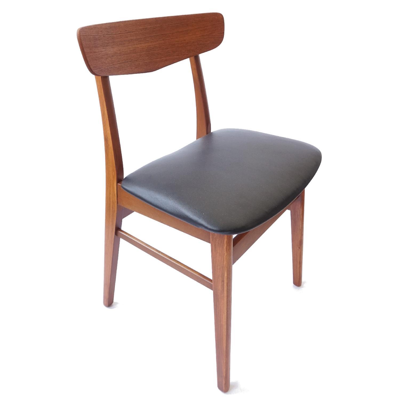 Farstrup V-Back Teak Chairs - image-4