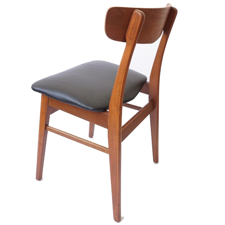 Farstrup V-Back Teak Chairs - image-7