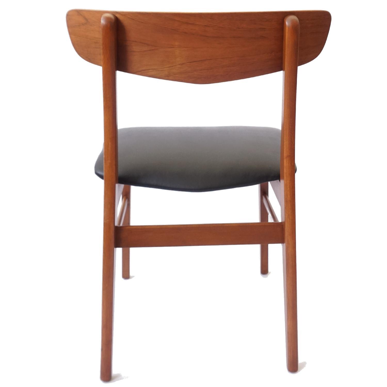 Farstrup V-Back Teak Chairs - image-8