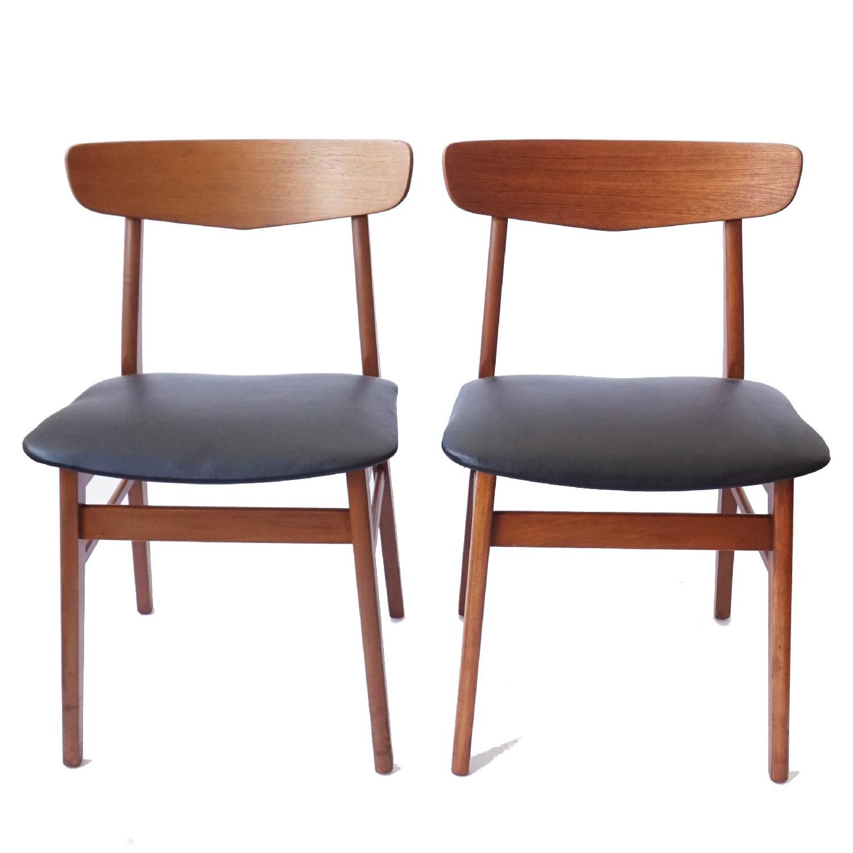 Farstrup V-Back Teak Chairs - image-9