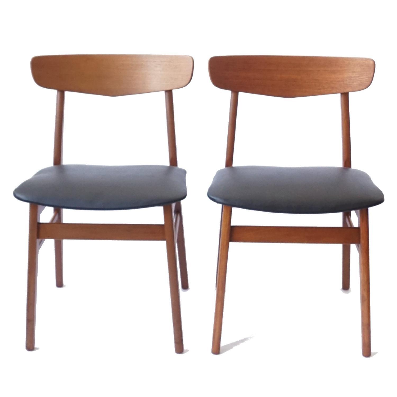 Farstrup V-Back Teak Chairs - image-13