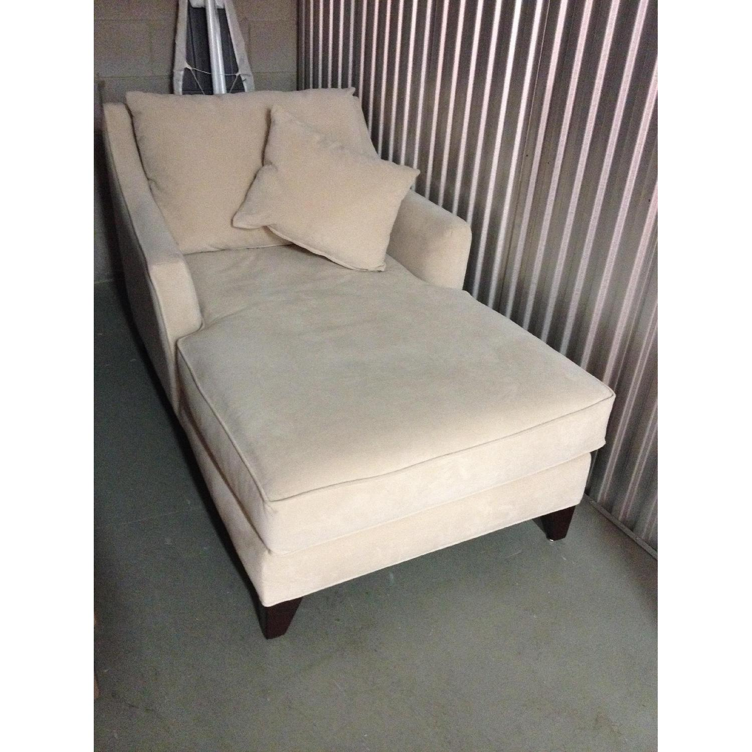 Chaise Lounge - image-2