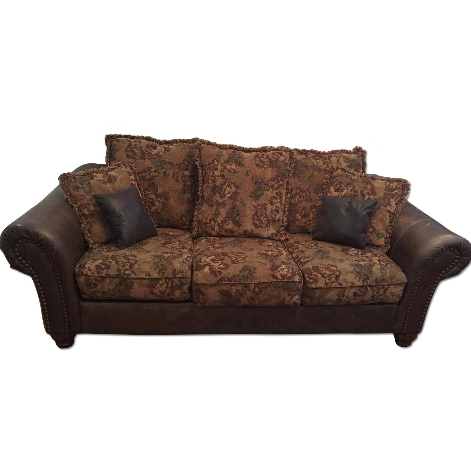 Ashley 3-Seater Leather Upholstered Couch - image-0