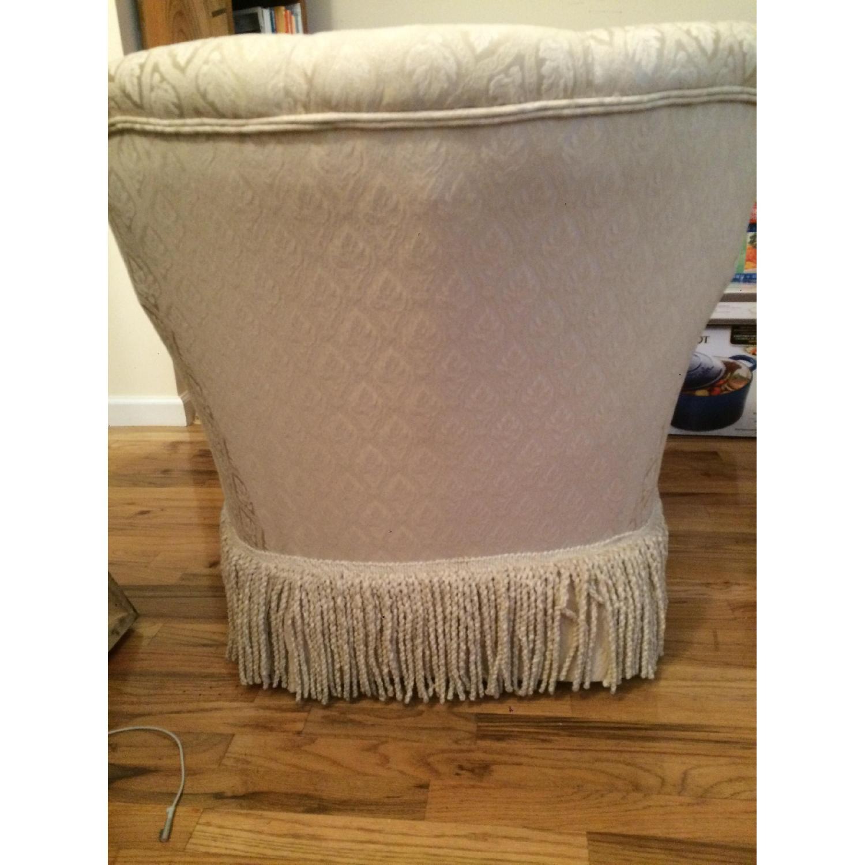 Kincaid Furniture Cream Chaise Lounge - image-2