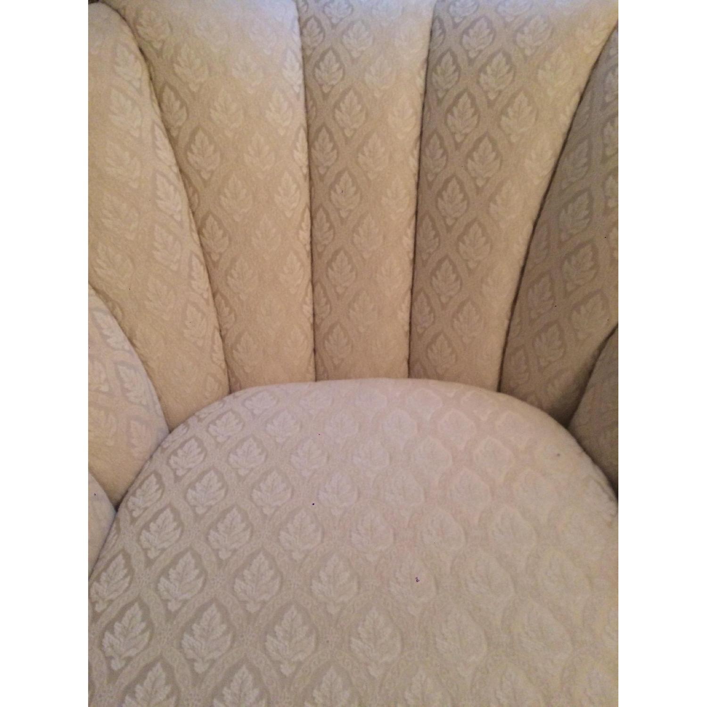 Kincaid Furniture Cream Chaise Lounge - image-5