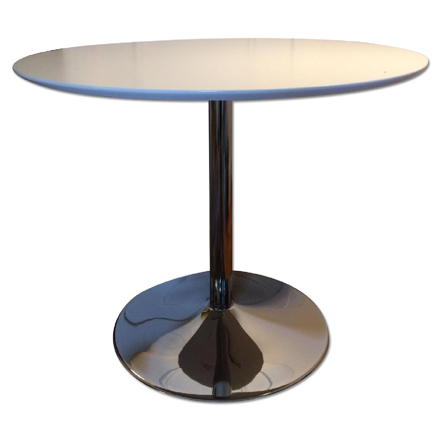 Round White Dining Table - image-0