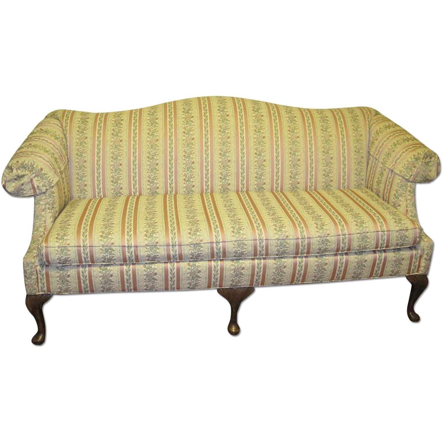 Clayton Marcus Huffman Koos Queen Anne Sofa And Loveseat