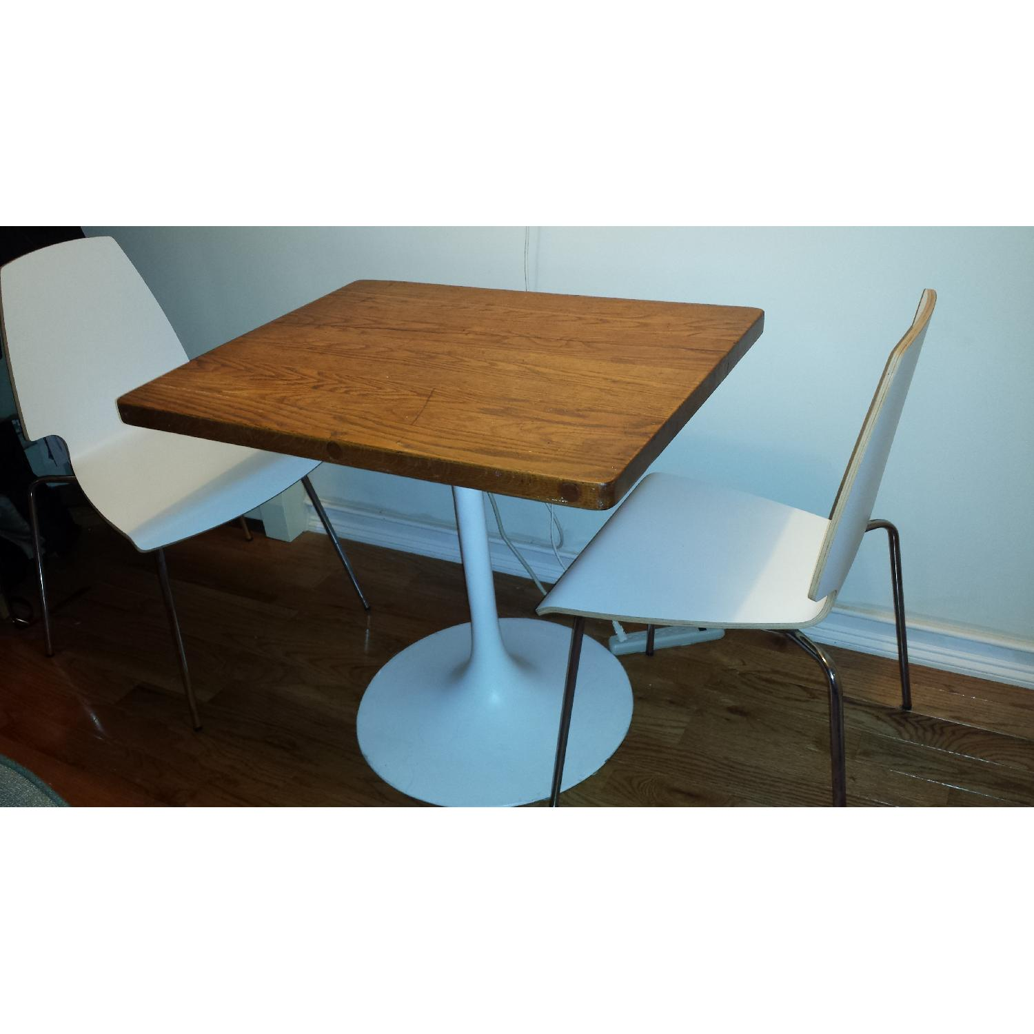 Mod Butcher Block Dining Table W 2 Chairs Aptdeco