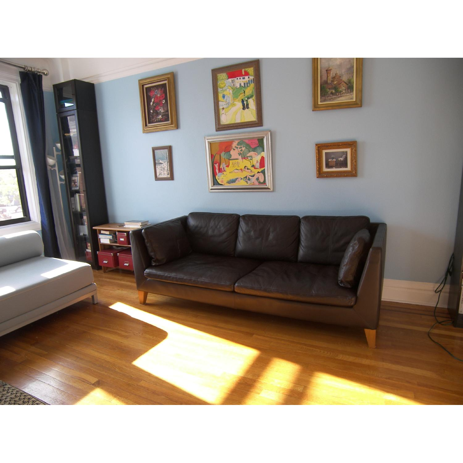 used sofas for sale in nyc aptdeco. Black Bedroom Furniture Sets. Home Design Ideas