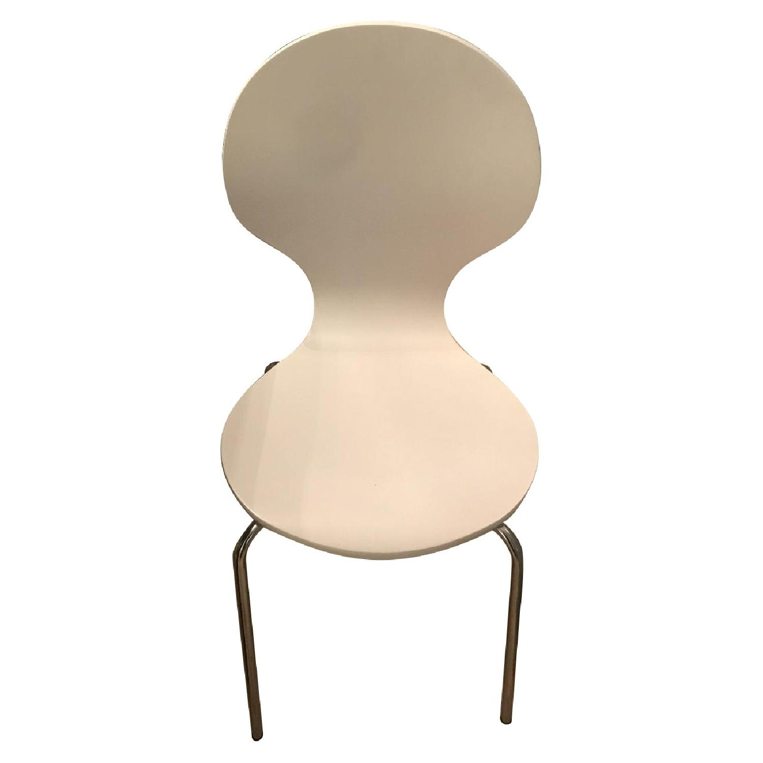 Leisure Mod Oyster Side Chairs