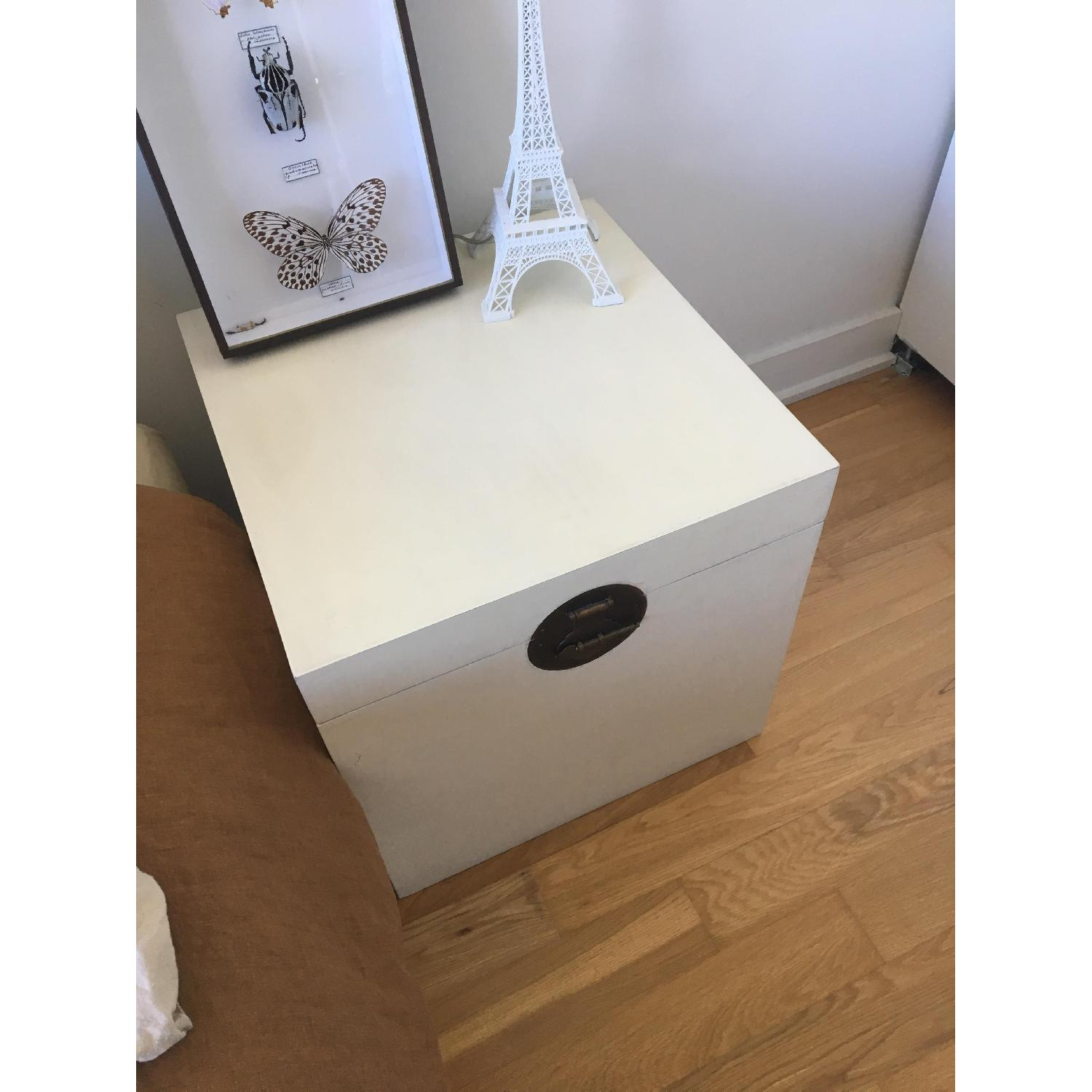White Wood Chest/Trunk w/ Metal Handle-1