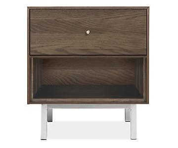 Room & Board Hudson Nightstand in Maple w/ Charcoal Stain