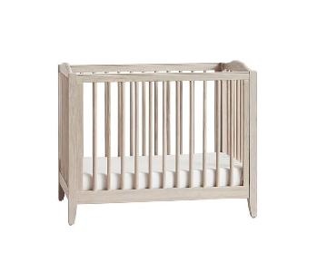 Pottery Barn Kids Emerson Mini Crib