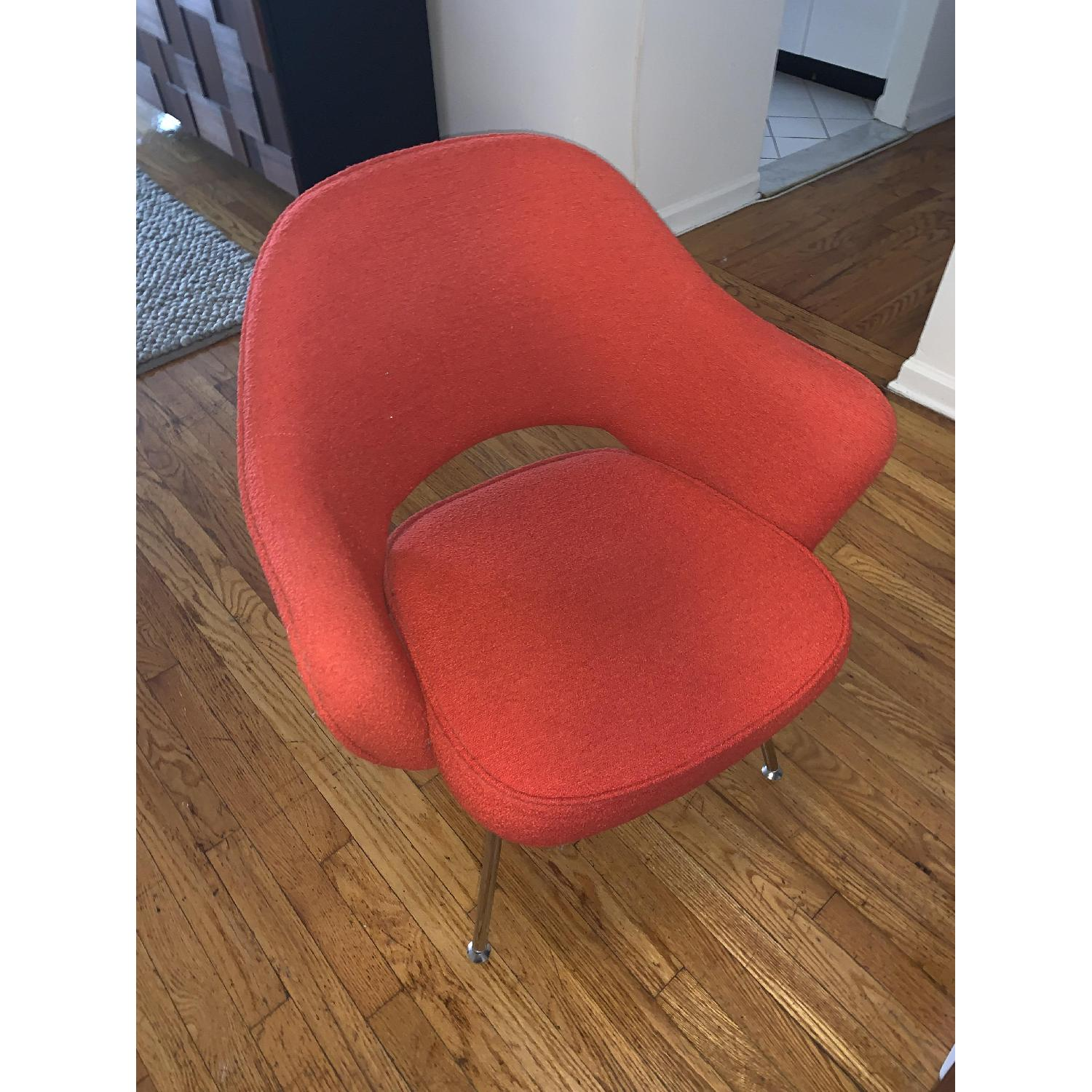 Knoll Saarinen Executive Chair in Red/Burnt Orange-1