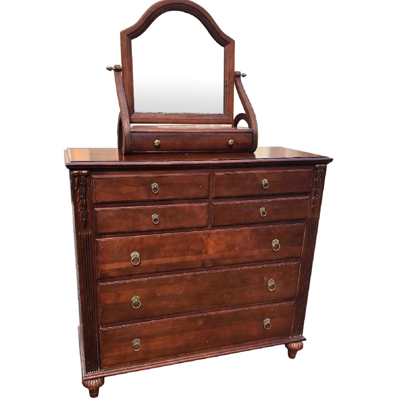Ethan Allen Solid Wood Dresser w/ Jewelry Box Mirror