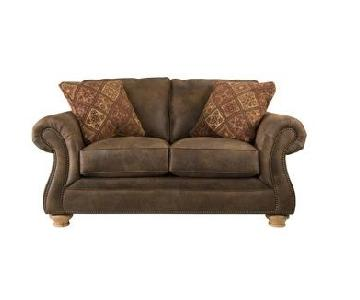 Raymour & Flanigan Canyon Ridge Loveseat