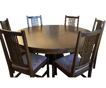 Stickley Audi & Co Dining Table w/ 6 Chairs & Two Leaves