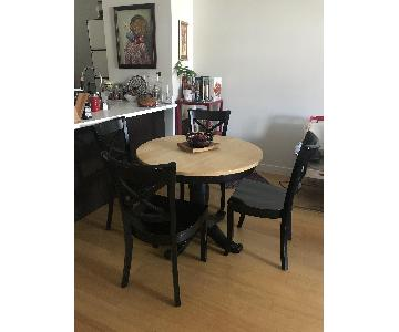 Crate & Barrel Avalon Round Dining Table w/ 4 Chairs