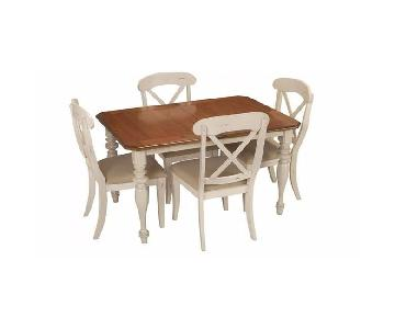 Raymour & Flanigan 5 Piece Extension Dining Set
