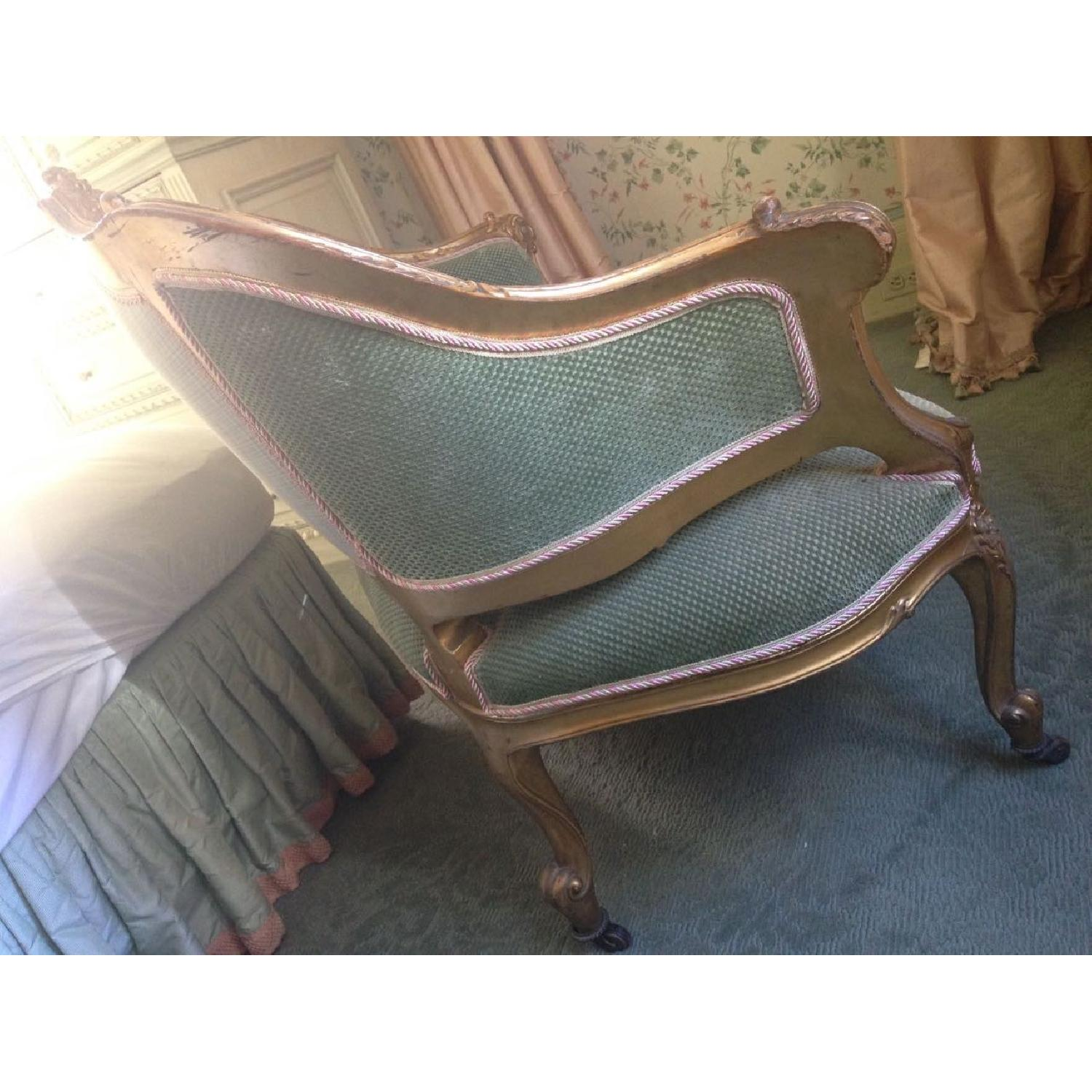 Hand Carved & Glided Settee - image-4