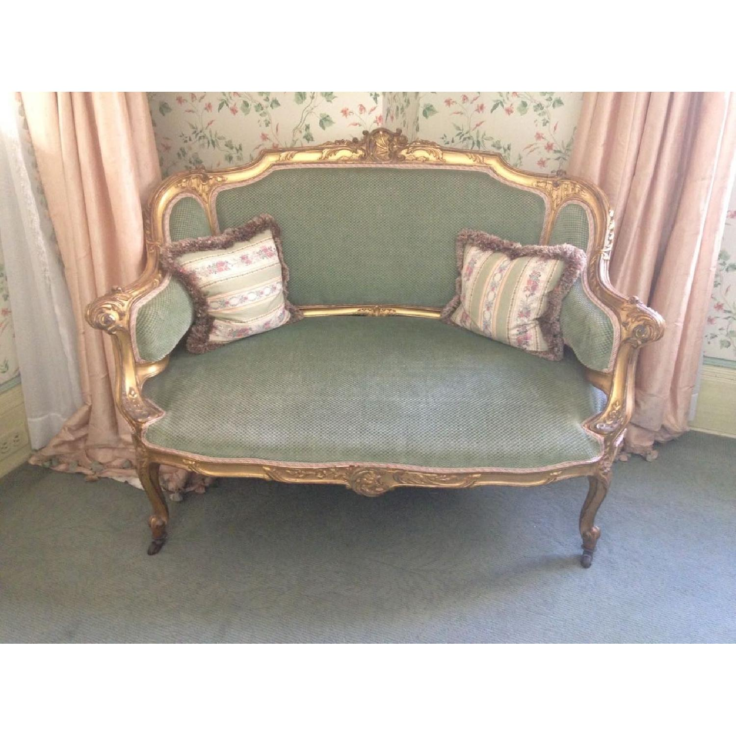 Hand Carved & Glided Settee - image-7