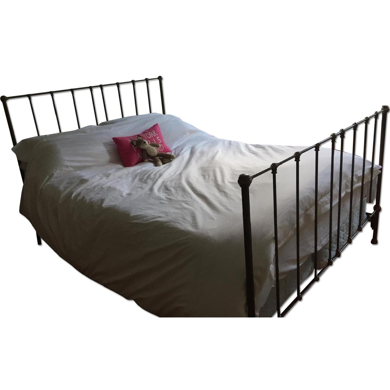 Queen Size Metal Bed Frame - image-0