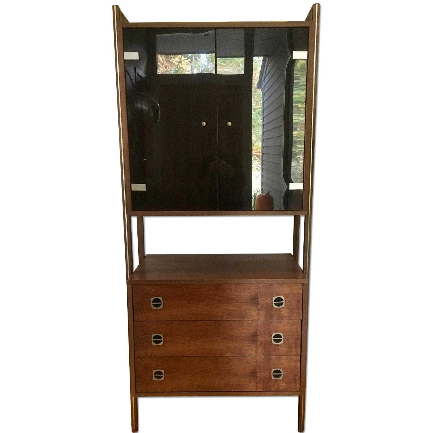 Mid Century Scandinavian Wall/Bar Unit - image-0