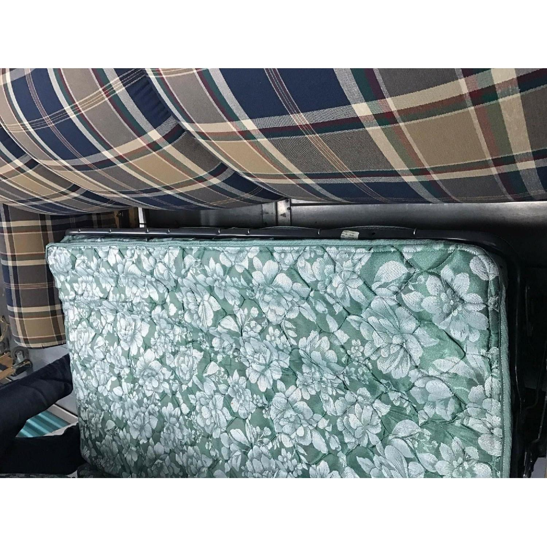 La-Z-Boy Queen Sleeper Sofa - image-11