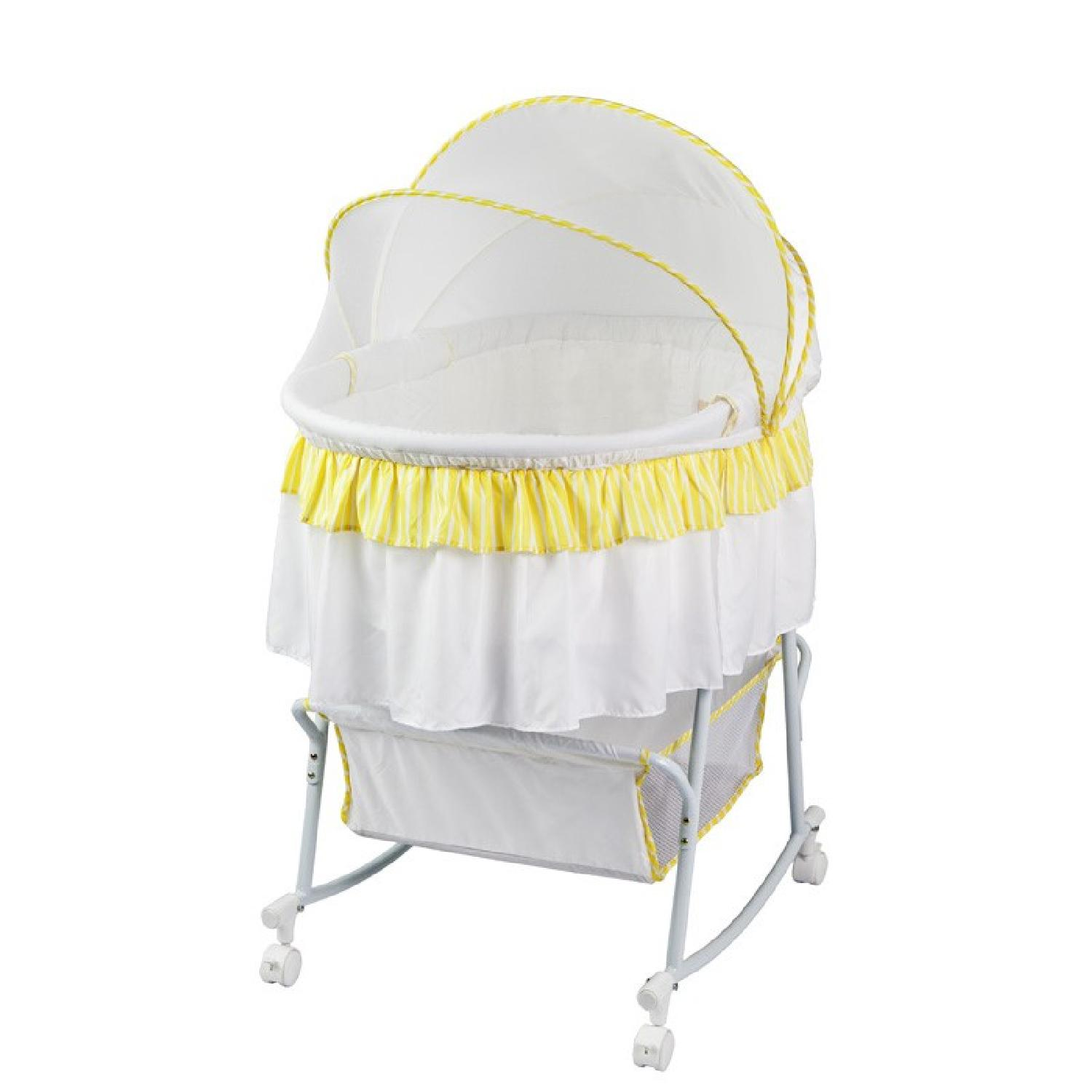 Dream On Me Lacy Portable 2in 1 Bassinet - image-0