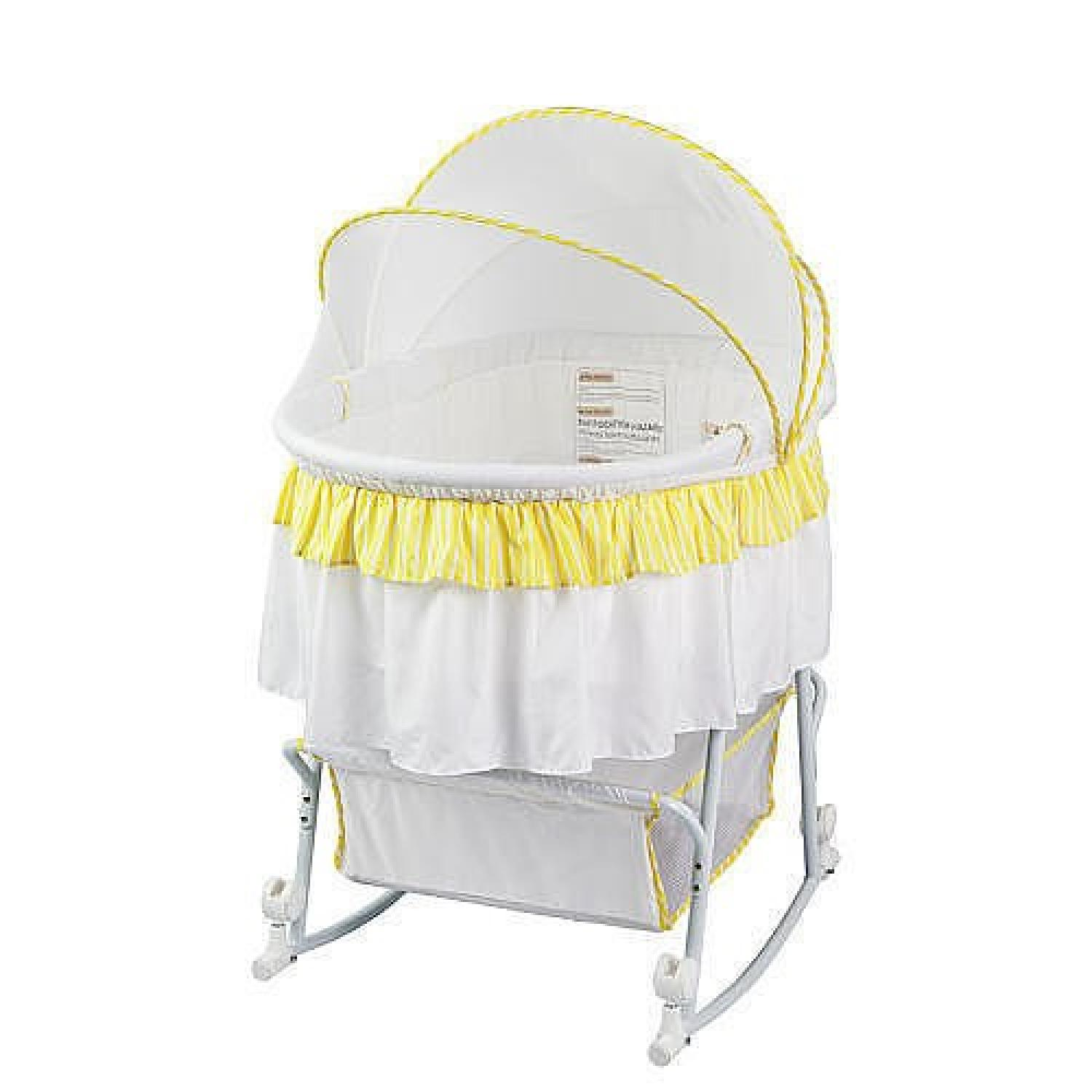Dream On Me Lacy Portable 2in 1 Bassinet - image-1