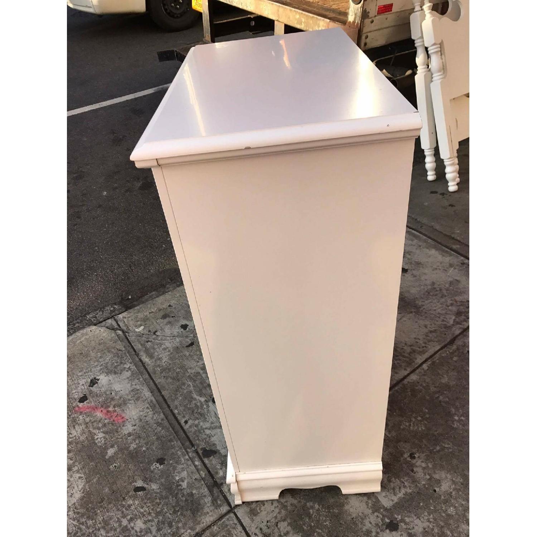 Bassett Vintage White Dresser - image-3