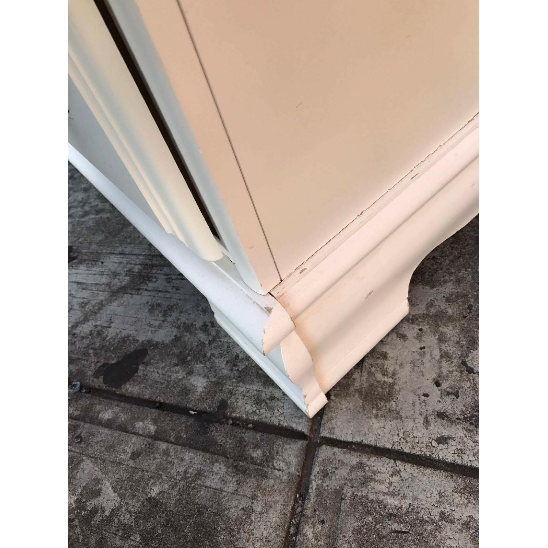 Bassett Vintage White Dresser - image-13