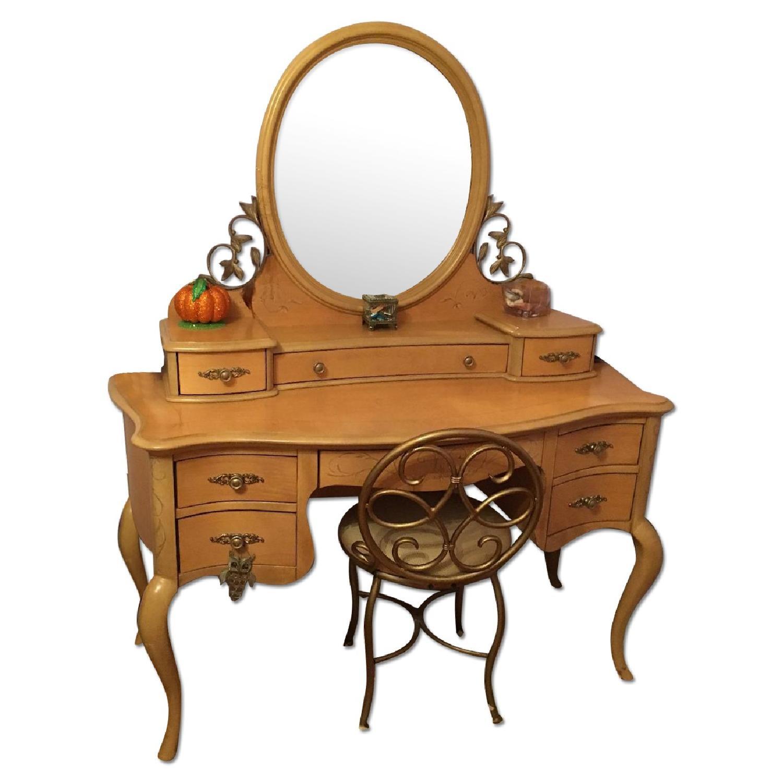 Jessica Mcclintock Vintage 4 Piece Bedroom Furniture - image-0