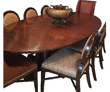 Expandable Dining Table w/ 8 Chairs