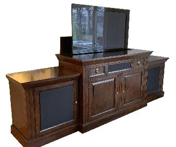 Entertainment Center w/ Hidden TV Lift