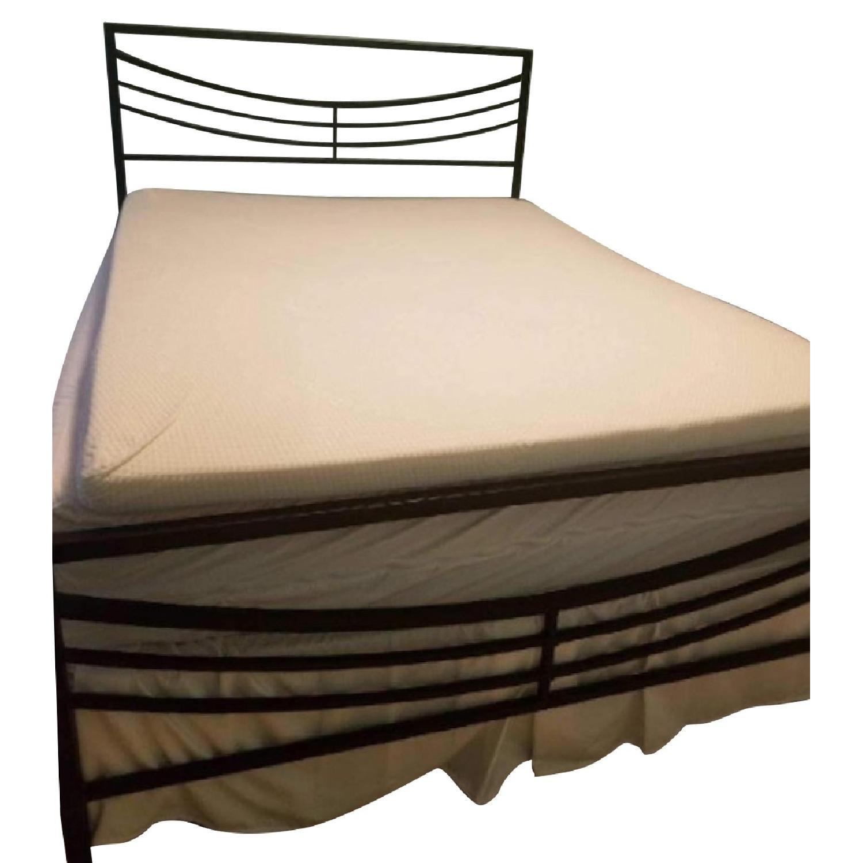 Bob's Metal Queen Bed Frame