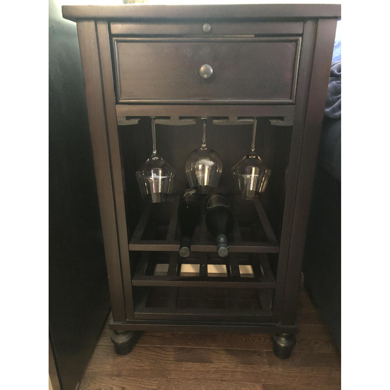 Crate & Barrel Wine Bar