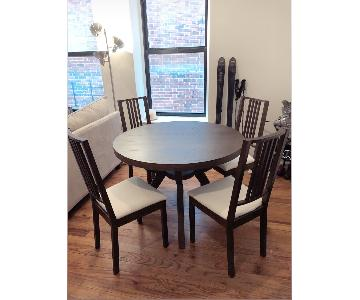 West Elm Arc Base Pedestal Table Dining Table w/ 4 Chairs