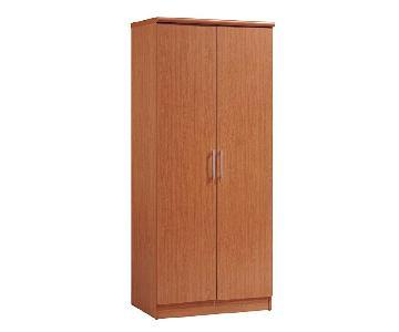 2-Door Oak Wardrobe
