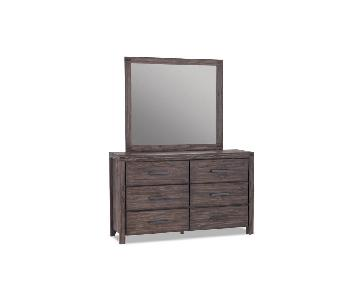 Solid Pine Dresser w/ Detachable Mirror
