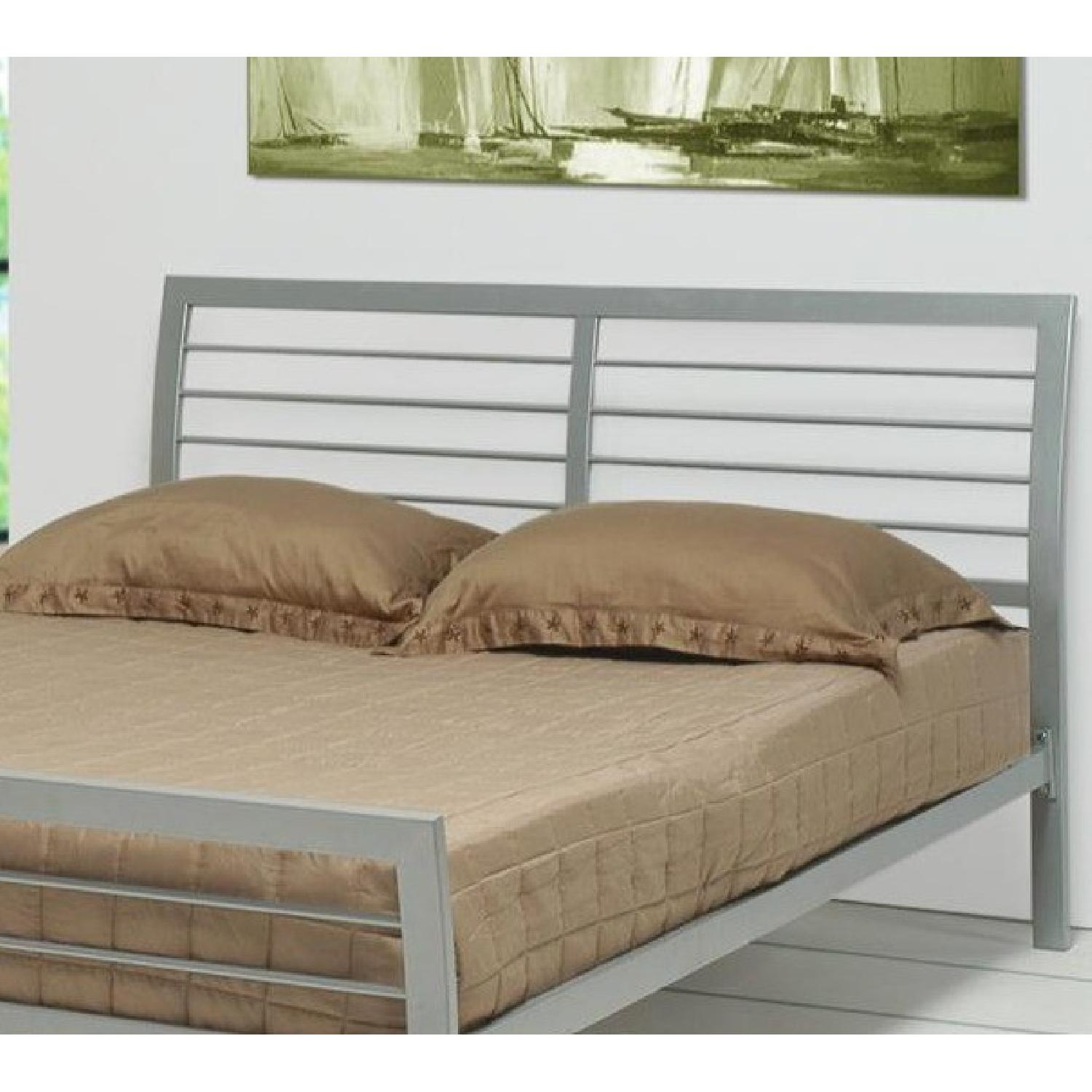 Modern Queen Size Metal Platform Bed in Silver Finish - image-3
