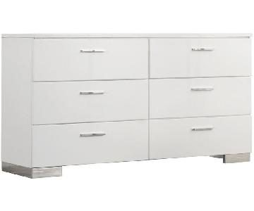 6-Drawer Dresser in High Gloss White Finish w/ Chrome Metal