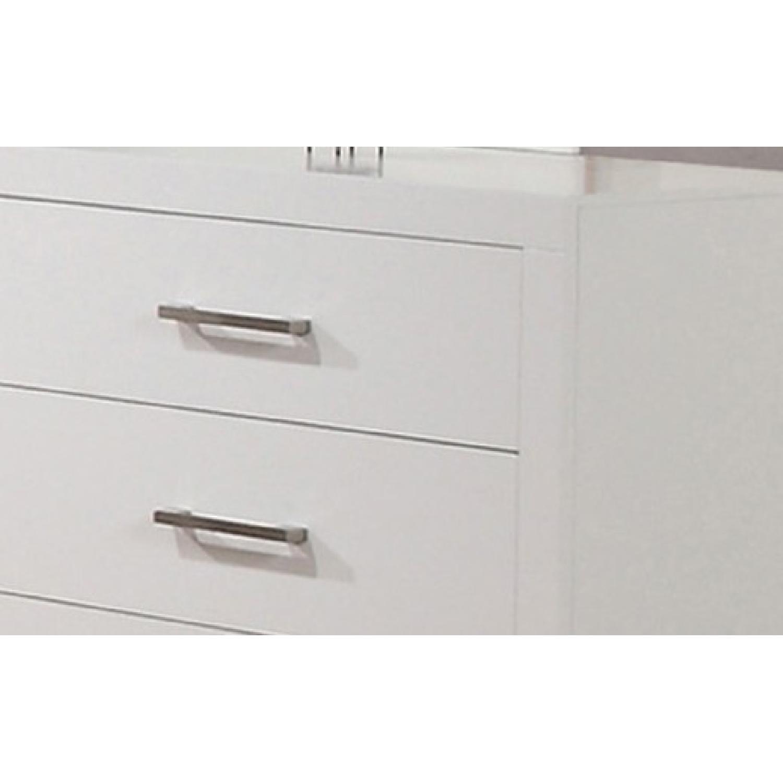 Modern 6-Drawer Solid Wood Dresser w/ Dove-Tail & Full Exten - image-1