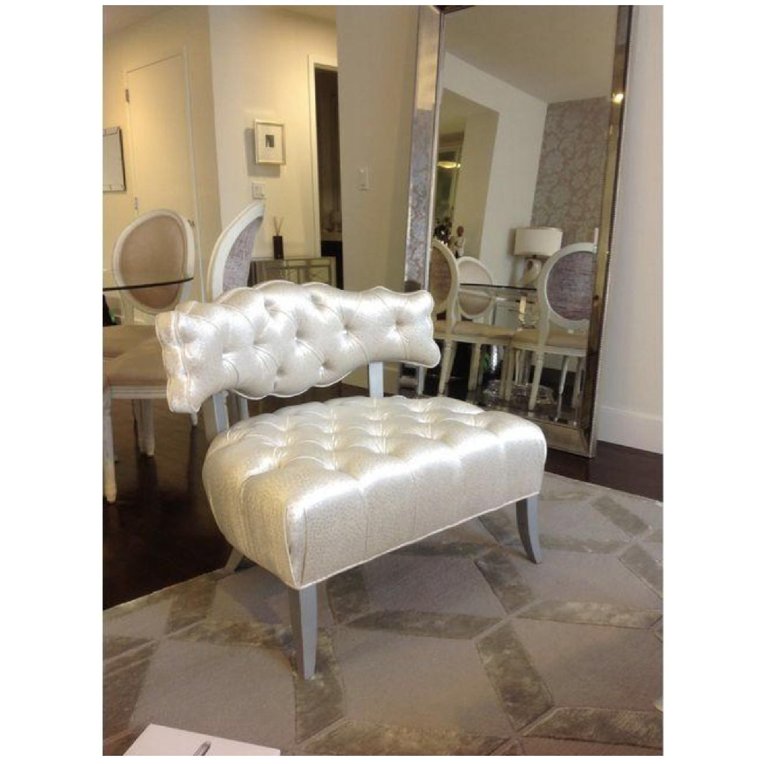 Pantage Tufted Chair - image-1