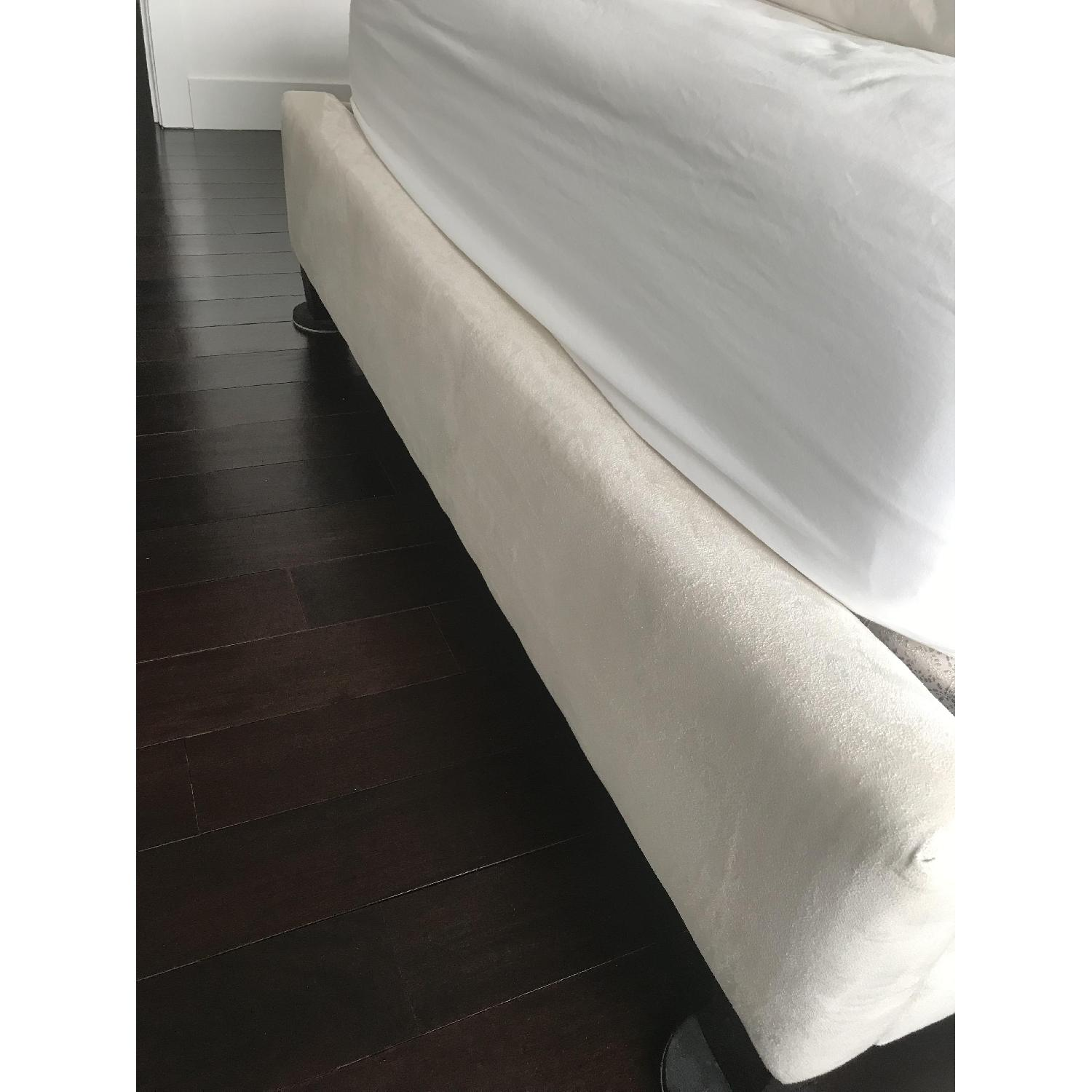 Mitchell Gold + Bob Williams Layla Queen Bed-4