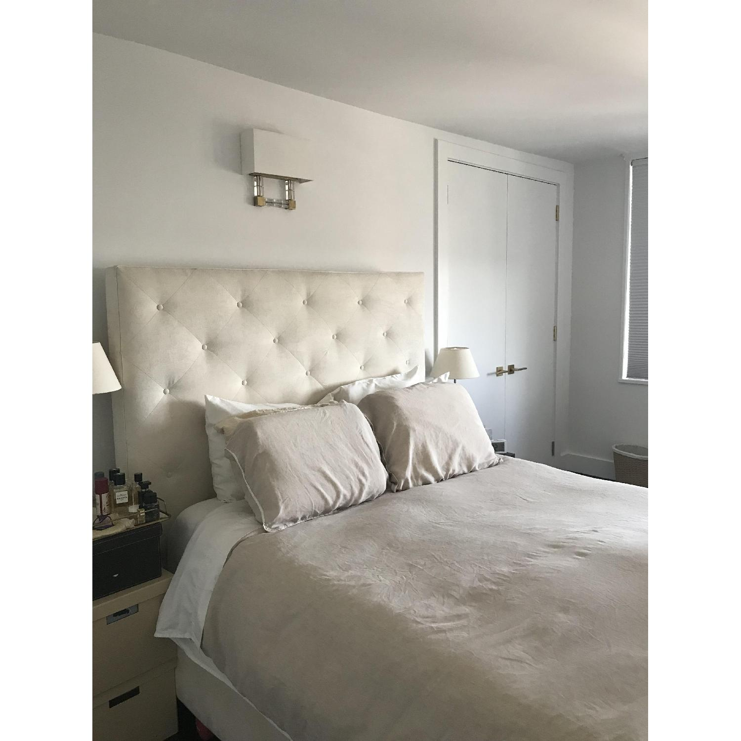 Mitchell Gold + Bob Williams Layla Queen Bed-5
