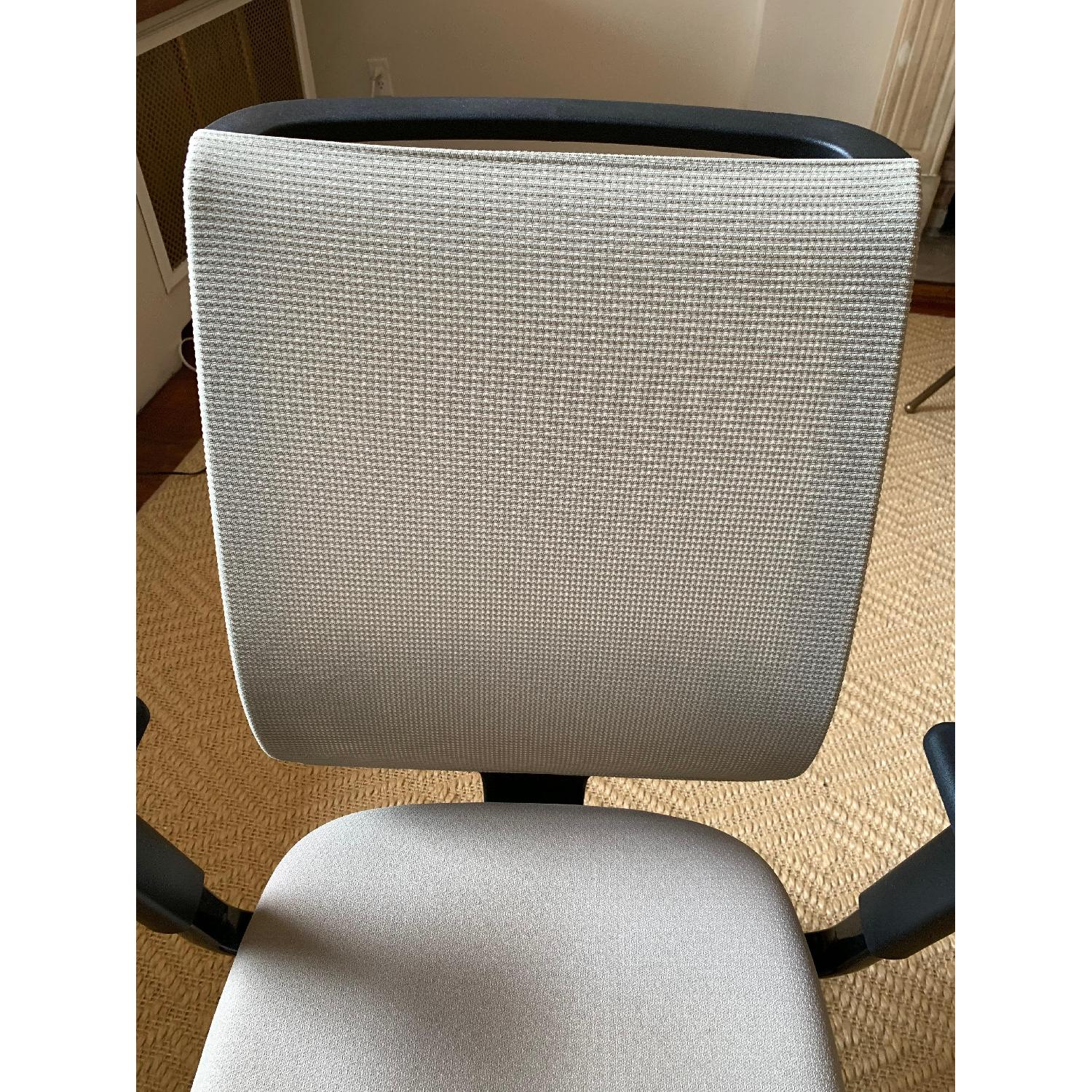 Steelcase Reply Chair-4